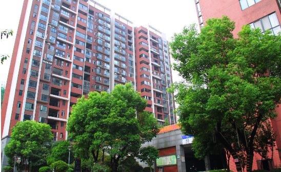 会龙山溪谷:离尘不离城的品质生活