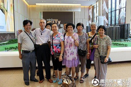 五盘联动 8月9日腾讯Q房团再度出击 场面十分火爆