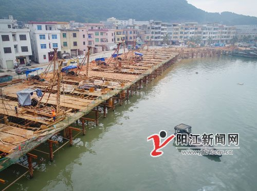 阳江闸坡现代渔港三个标段同时施工