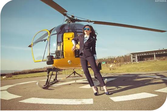 """【""""飞""""您莫属】 金盘·世界城300米之上直升飞机俯瞰全城"""