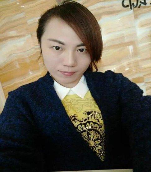 李小艳:览一线江景,当然汀兰华府!