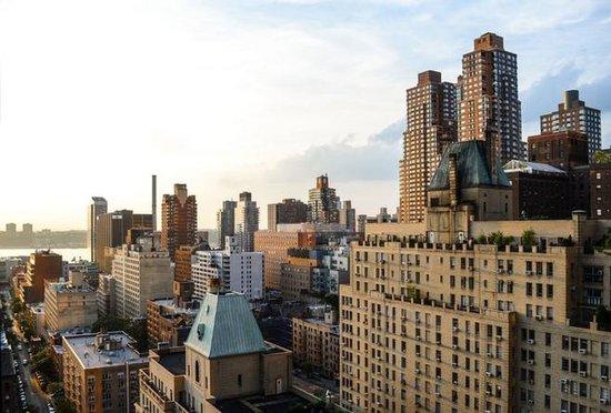 楼市调控现三大信号 更多城市将出收紧新政