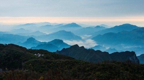 中建·湖山壹号:看山是山 于金鹗山中收取山居一重境