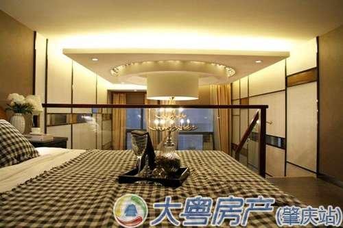 正文  星湖名郡loft户型样板房现已开放参观,复式设计的loft公寓,楼下图片