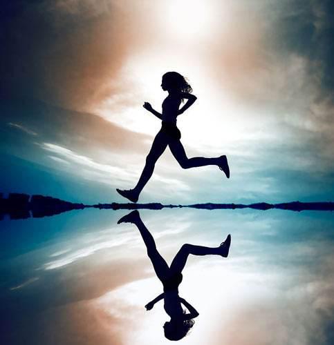 夜跑成白领最佳运动方式 买这些房跑步超方便