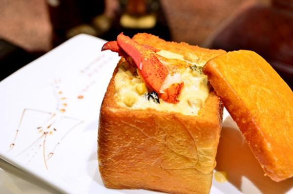 龙虾肉配海鲜盒-波士顿龙虾美食节开始啦 任性大龙虾免费吃