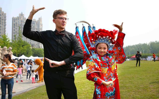 杭州下沙白杨街道第七届文化艺术节隆重开幕