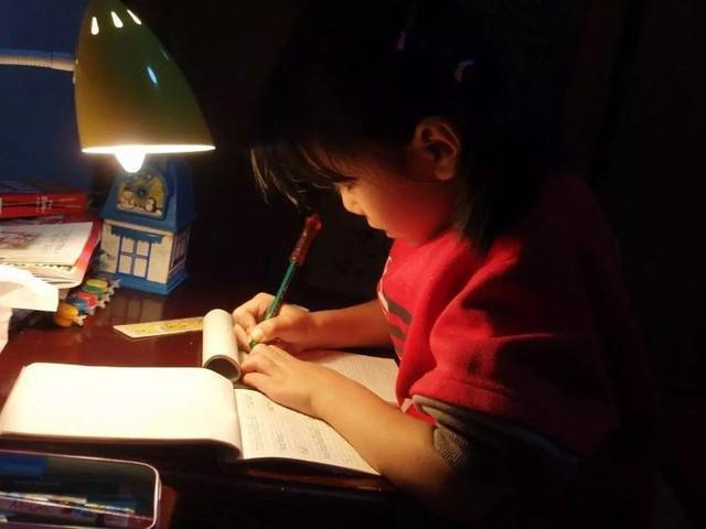 浙江这个地方出了新规:晚上超10点可不做完作业
