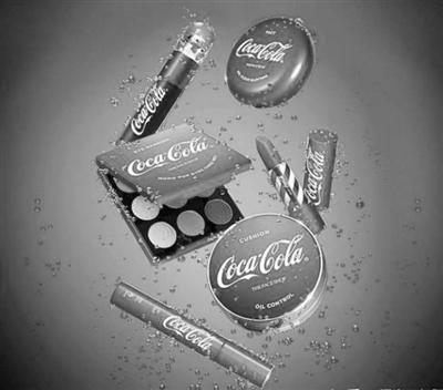 可口可乐唇膏月销千余笔 饮料品牌不约而同爱上美妆