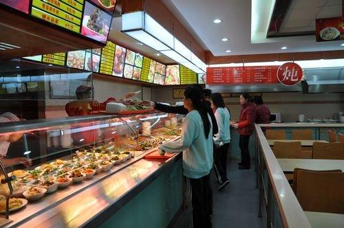 """""""升级版食堂""""腹背受敌 杭州中式快餐谋求转型图片"""