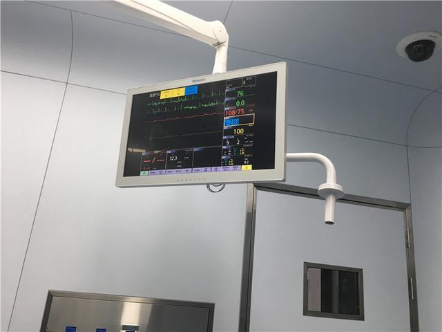 衢州首例胸腔镜辅助微创二尖瓣置换术成功开展