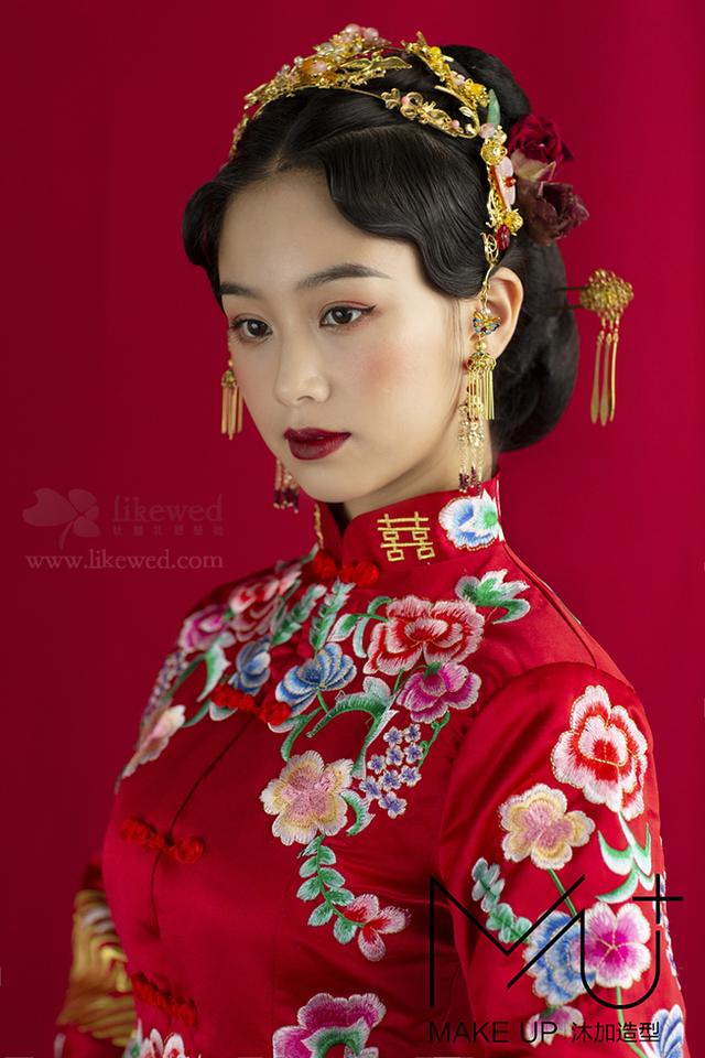 中式新娘造型 美艳不可方物