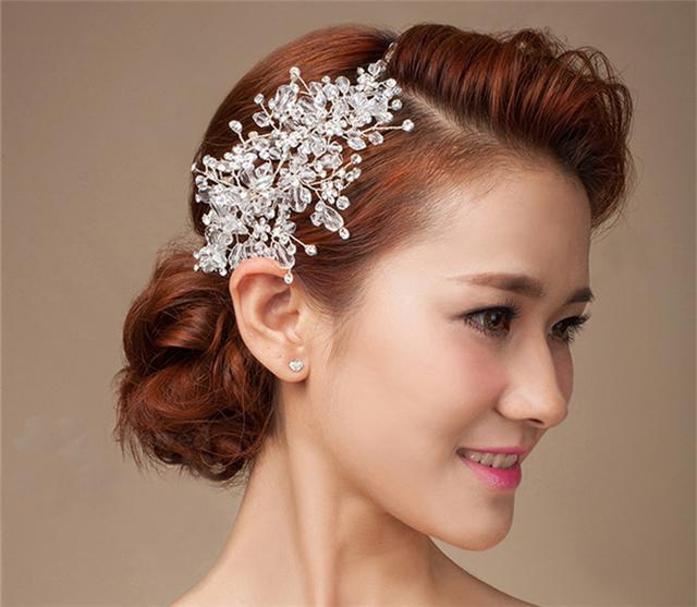 新娘盘发需看脸型 额前斜刘海巧妙打造动人小脸图片