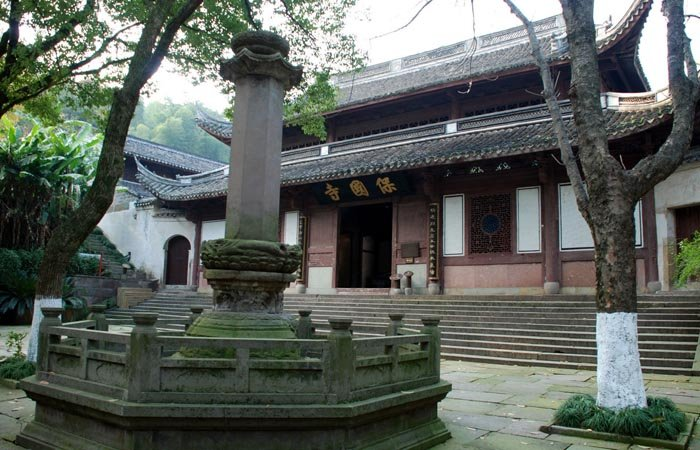 是中国现存最古老的木结构建筑之一,也是中国江南幸存的最古老最完整