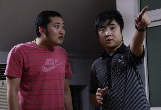 乔杉(右)-央视猴年春晚第六个节目 是绍兴女婿演的