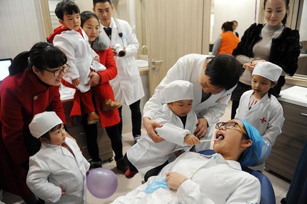 浙江新高考录取热门专业 这么多人想做牙医
