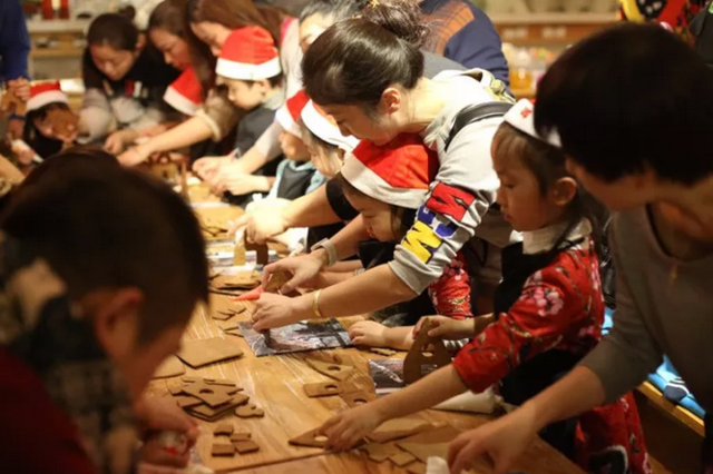 12月2日 那棵璀璨杭城的圣诞树即将盛装回归
