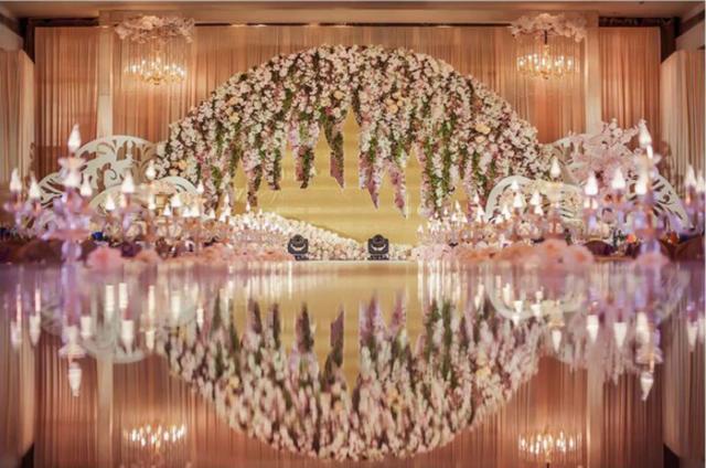 土豪们动辄十几万的婚礼 其实2万就能搞定