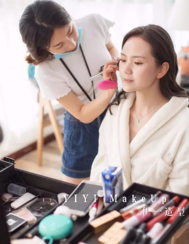 资深化妆师的建议:新娘到底应该和化妆师聊什么?