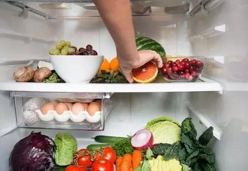 孩子脸上缝了38针 夏季宝宝要警惕的冰箱食物