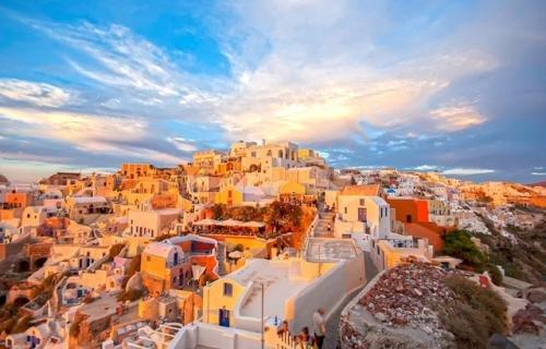 本周迎高性价比旅游错峰期 境内外游价格降幅超5成