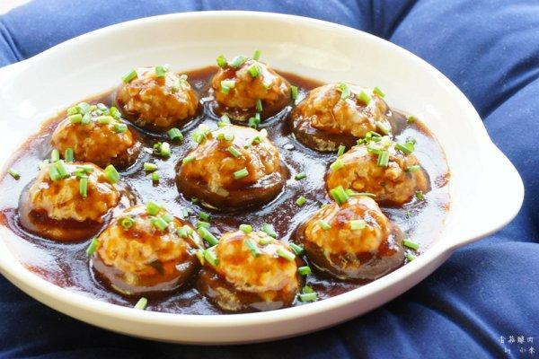 香菇小肉丸美极汁又鲜 真是萌意爆表