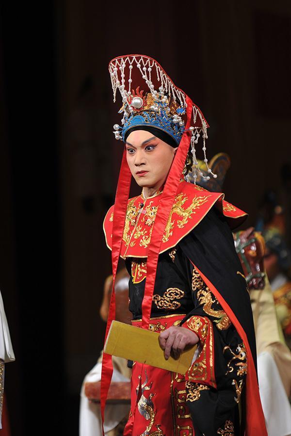尚长荣:年轻人要认真学传统