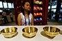 """故宫在杭州首次开卖金碗 很是""""吸睛"""""""
