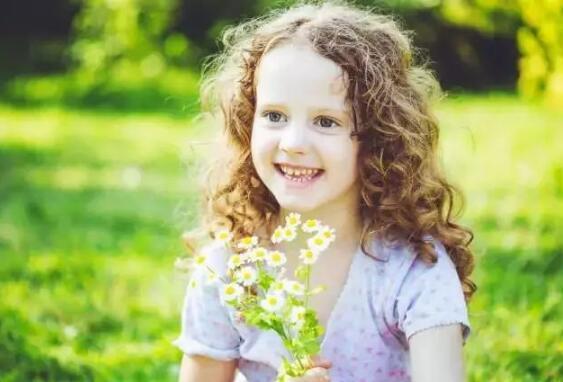 很多孩子越长越丑 全是因为这9个坏习惯!