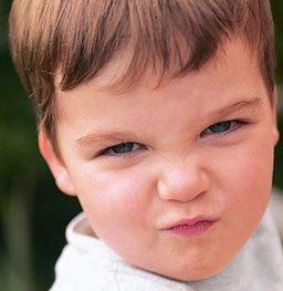 9岁孩子老眨眼 原来是抽动症在作怪