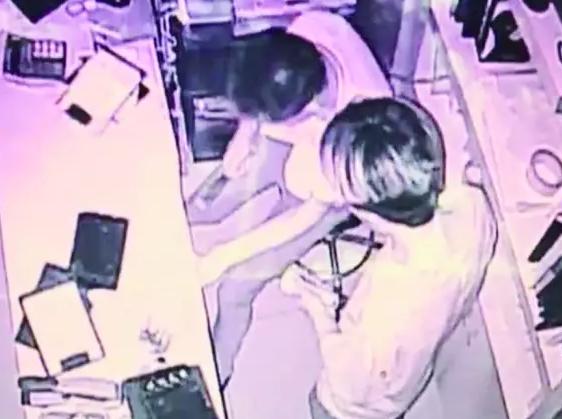 温州沿街店铺发生系列盗窃案