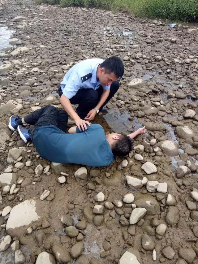 丽水一男子在河滩边晨练 意外的一幕发生了
