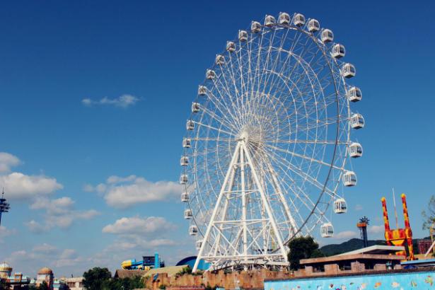 横店暑期旅游关键词:各种消暑
