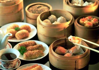 据说,它家的甜品烧味做得不错,很有香港茶餐厅的味道.