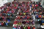 农村近千学生共进午餐