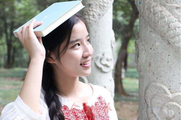 浙师大高颜值女学霸 收到3所世界名校录取通知书