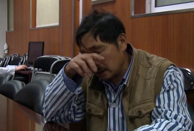 杭州公交纵火案救火英雄患癌 不愿给家里添负担