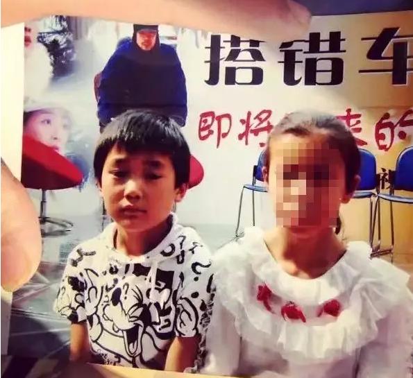 男孩六七岁时独自流浪来到杭州 如今越来越想家