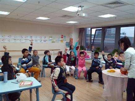 杭州市教育局:晚托班计划9月在全市推行