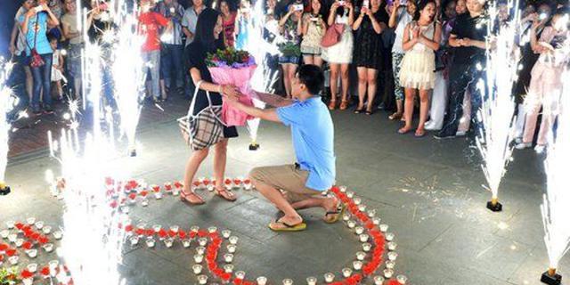 求婚没点创意我要怎么说愿意 这里的浪漫我给满分