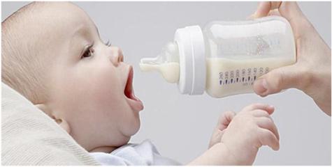 本周是世界母乳喂养周 10个中国娃娃约6个非纯母乳喂养