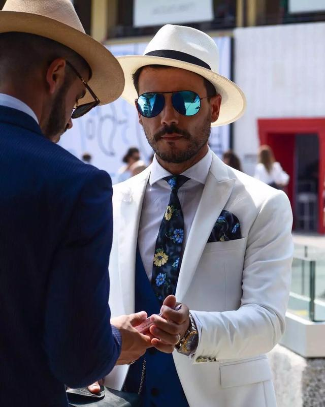 成功男士都这样穿西装 你确定不了解一下吗