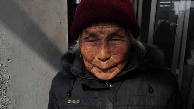 88岁了,我从烟熏火燎的灶膛边走出来