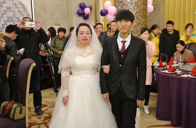 泪目!昨天在玉环最气派的酒店 举办了一场特殊的婚礼