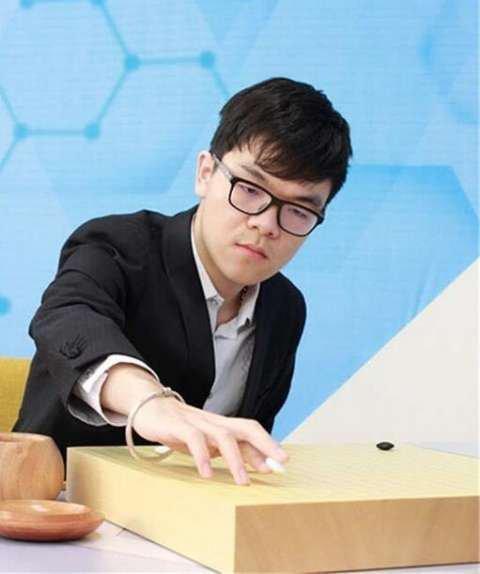 斗阿尔法狗后柯洁连胜二十场 摘全运会围棋冠军