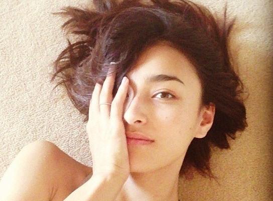她是水原希子的偶像 剪去长发依旧美到不行