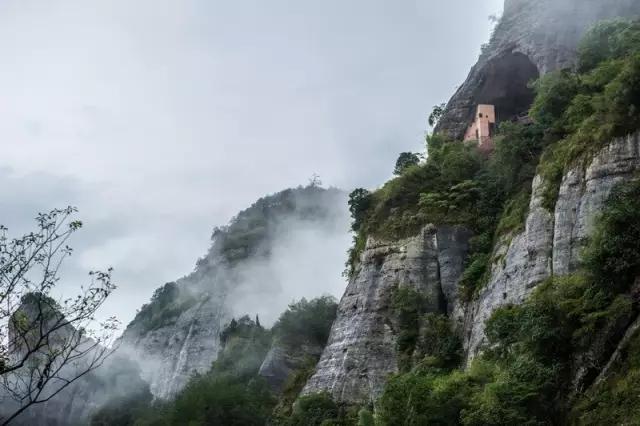 美女+瑜伽+美景=湖南通道万佛山