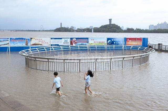 温州到鳌江_温州三大江潮位超红色警戒 瓯江鳌江沿岸现倒灌