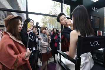 VDL红盛烈焰——杭州银泰百货武林店跨年活动惊喜呈现