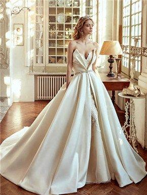 26件令人惊艳的可穿卸婚纱